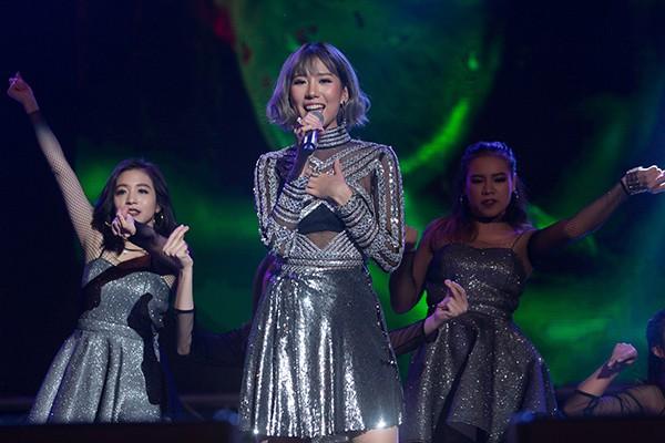 Noo Phước Thịnh, Tiên Tiên hội ngộ Shane Filan hứa hẹn một đêm nhạc Countdown Party 2019 bùng nổ - Ảnh 4.