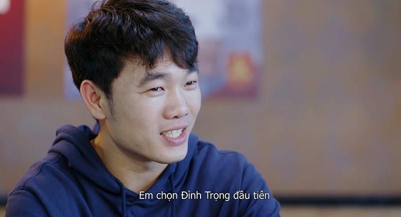 Quang Hải, Công Phượng, Xuân Trường bất ngờ nhận quà mừng năm mới 2019 - Ảnh 4.