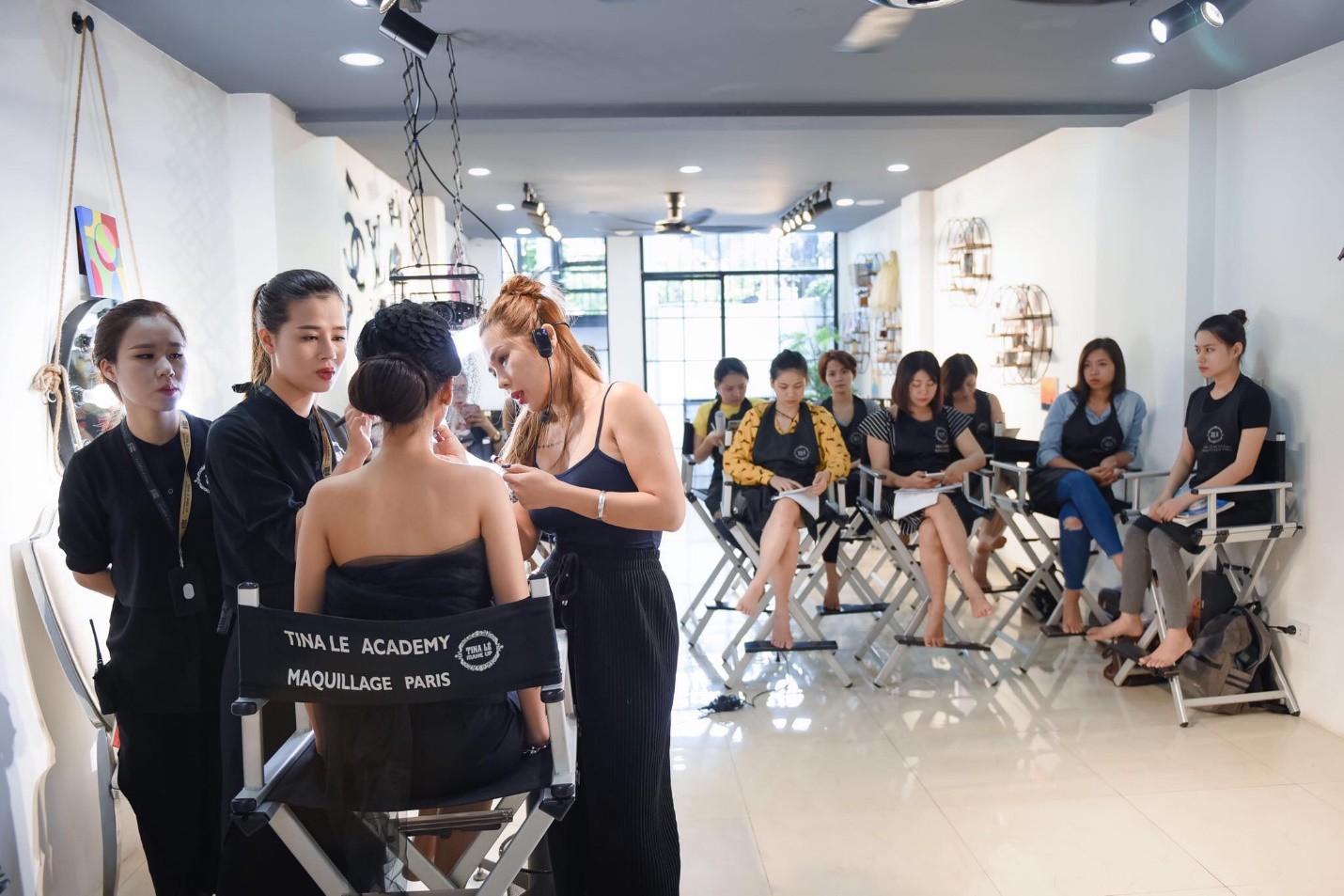 Tina Lê make up: nhân vật truyền cảm hứng cho các thế hệ học trò về làm đẹp - 1 năm nhìn lại - Ảnh 2.