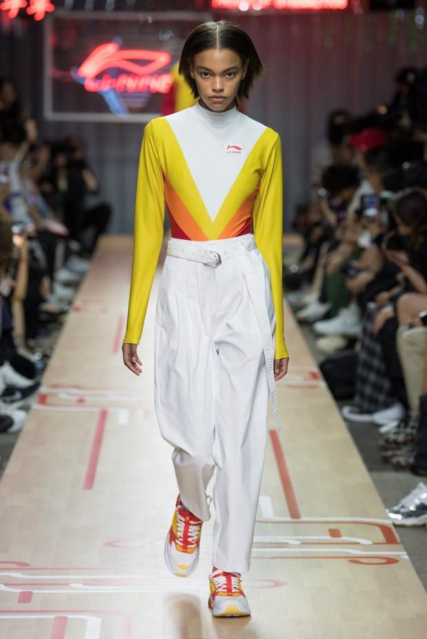 BST Li-Ning Xuân Hè 2019 tại Tuần lễ thời trang Paris - Tương lai của di sản - Ảnh 2.