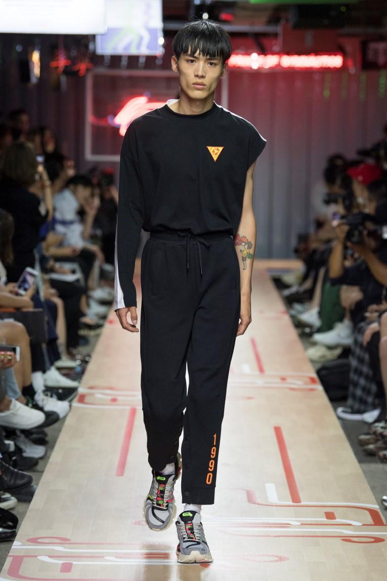 BST Li-Ning Xuân Hè 2019 tại Tuần lễ thời trang Paris - Tương lai của di sản - Ảnh 4.