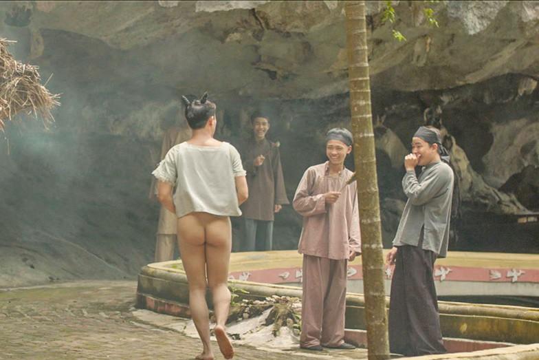 Trấn Thành mang tiếng cười từ đầu tới cuối cho khán giả trong phim Tết Trạng Quỳnh - Ảnh 4.