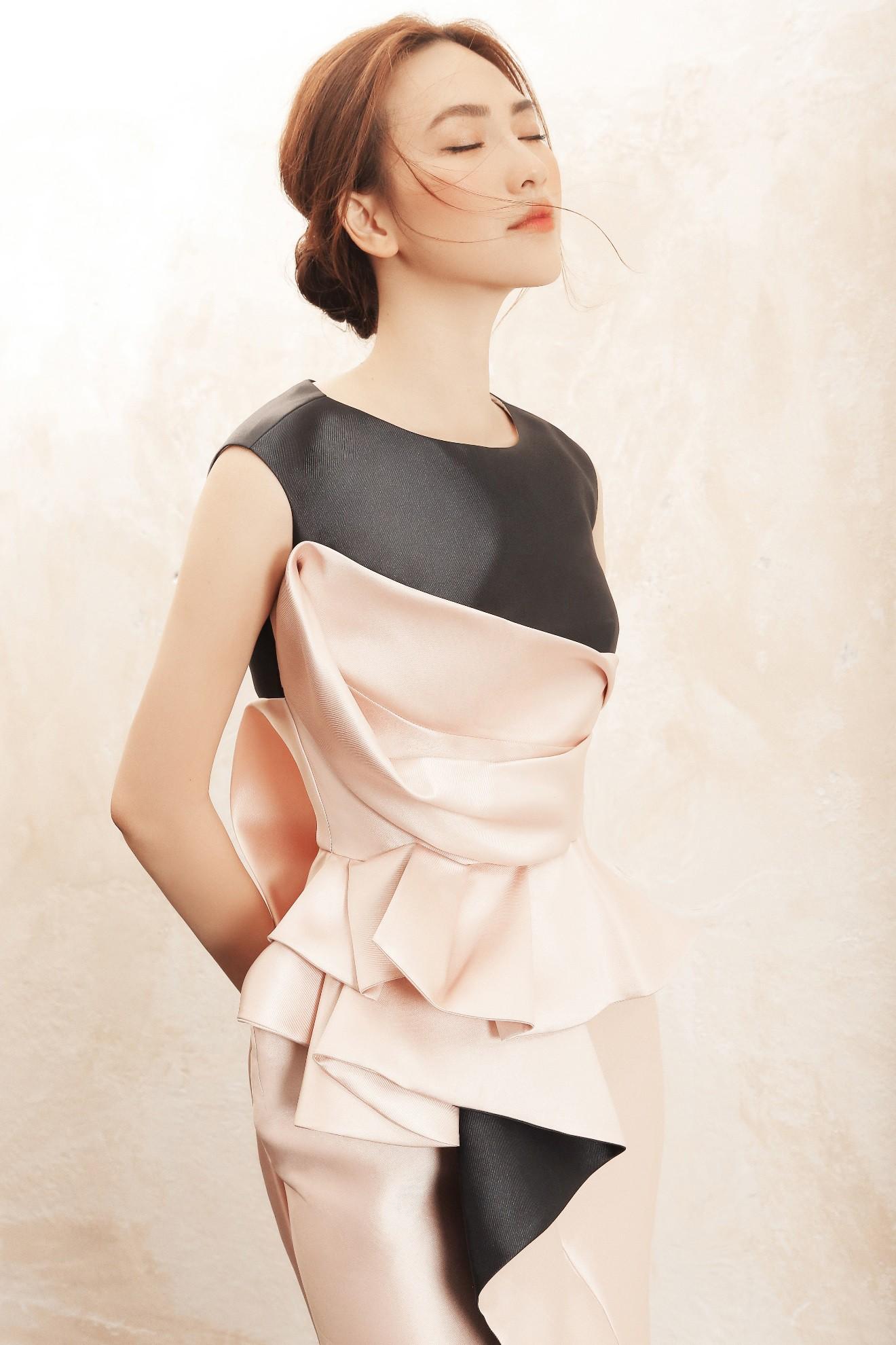 """Sau """"Chàng vợ của em"""", Phương Anh Đào đầy xinh đẹp, cuốn hút trong BST từng xuất hiện trên Vogue của PHUONG MY - Ảnh 2."""