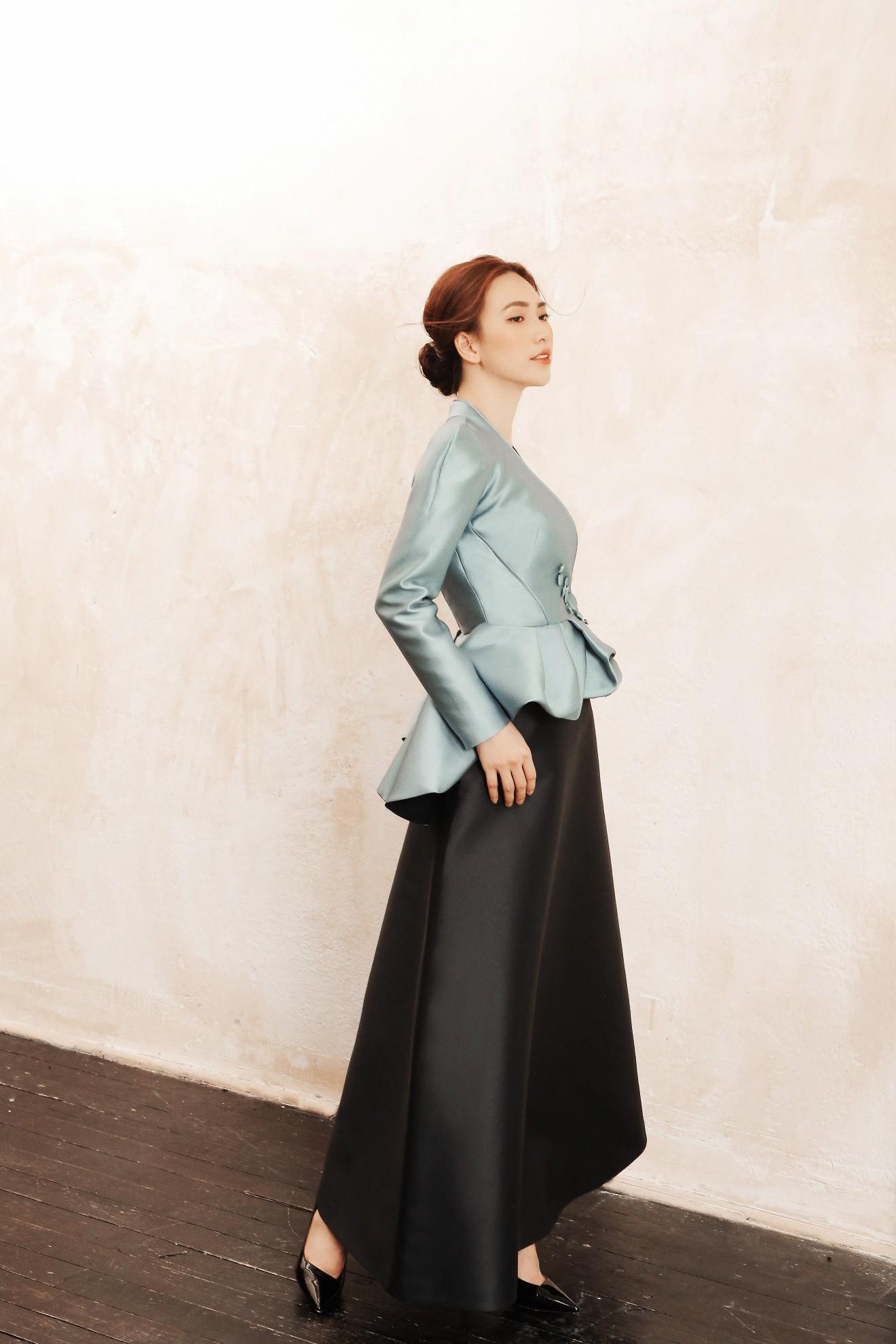 """Sau """"Chàng vợ của em"""", Phương Anh Đào đầy xinh đẹp, cuốn hút trong BST từng xuất hiện trên Vogue của PHUONG MY - Ảnh 8."""