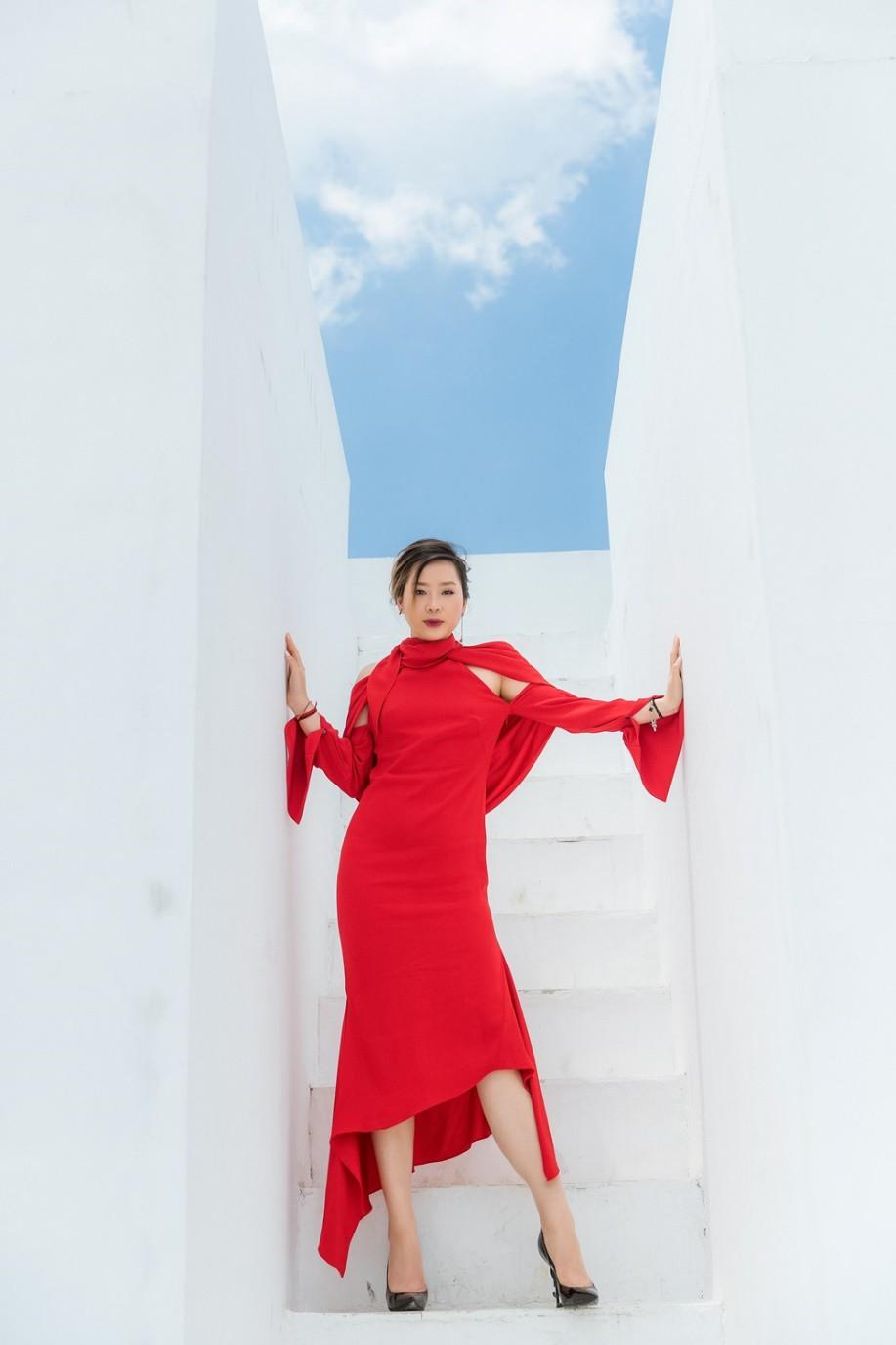 """Gặp gỡ cô nàng du học sinh """"mặc chất"""" như fashionista khiến NTK Văn Thành Công xao xuyến - Ảnh 8."""