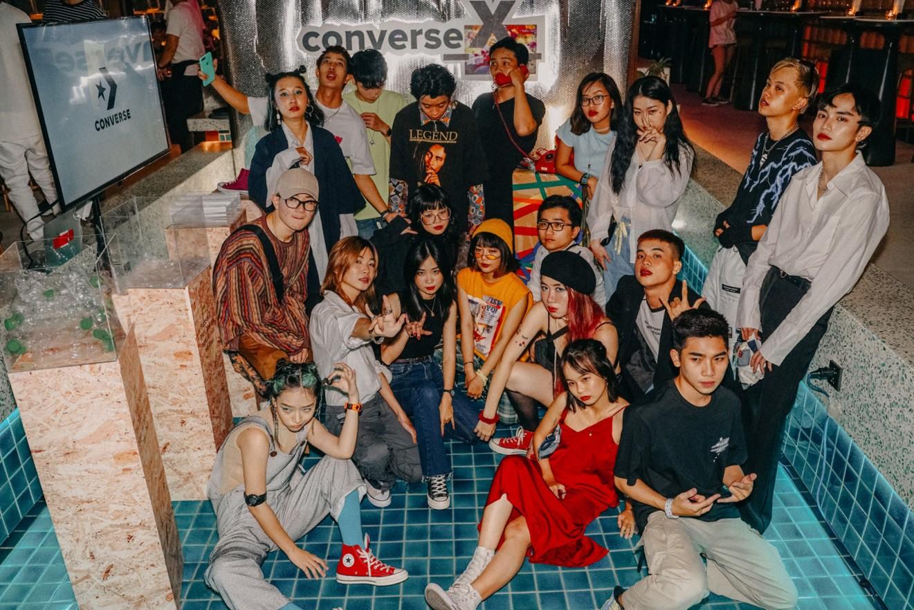 Cách cộng đồng Converse_X_ và NTK Tom Trandt cùng kể câu chuyện thời trang bền vững với Converse Renew - Ảnh 2.