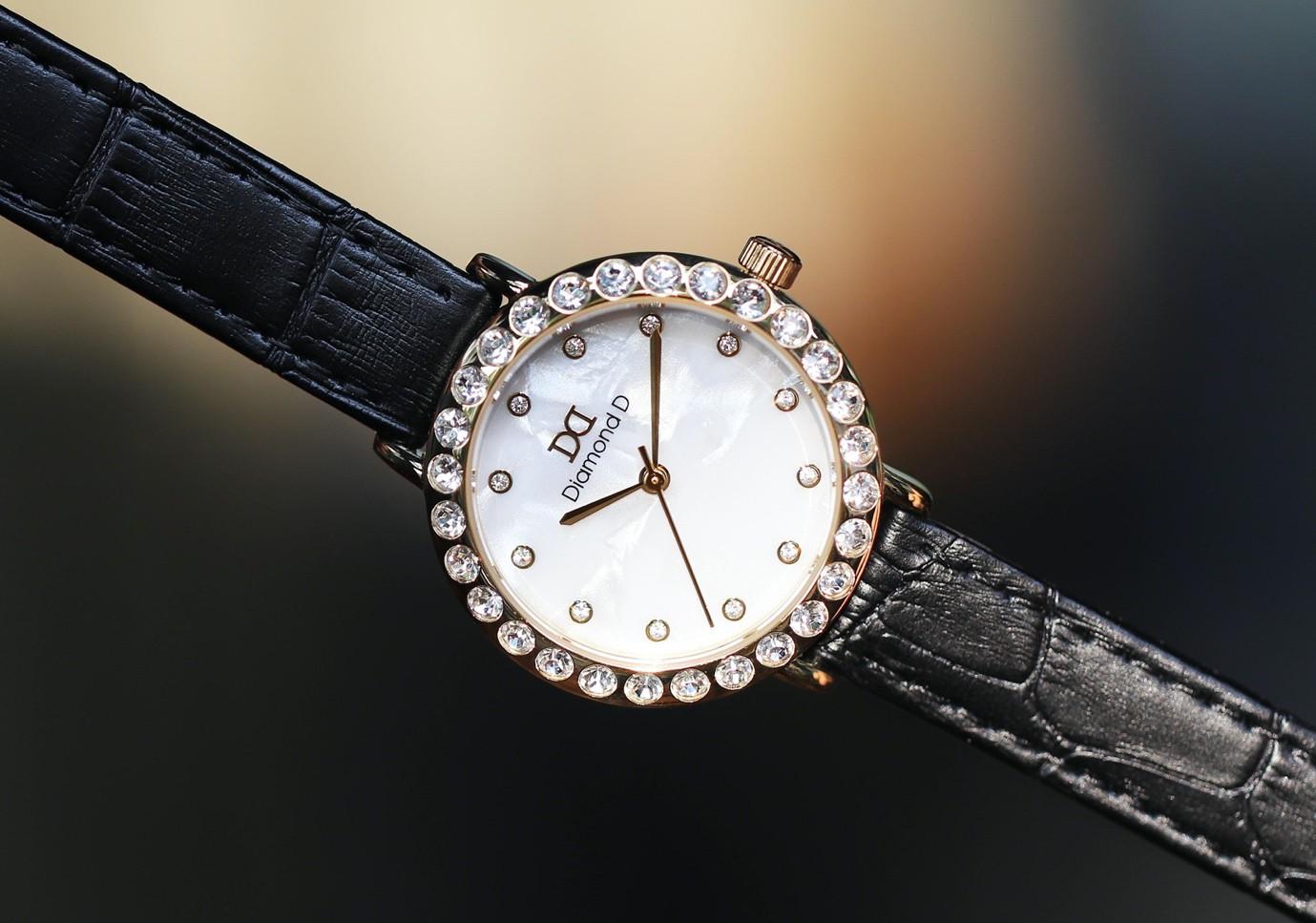 Đăng Quang Watch giảm giá lên đến 30% kèm nhiều ưu đãi hấp dẫn dịp 20/10 - Ảnh 1.