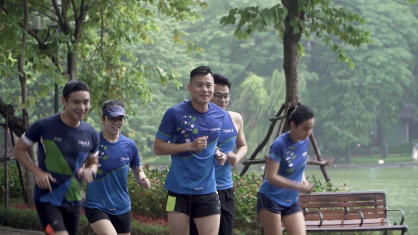 Những câu chuyện truyền cảm hứng về chạy bộ tiếp tục mang đến nhiều cảm xúc cho khán giả trong tập 5 Revive Marathon xuyên Việt - Ảnh 2.