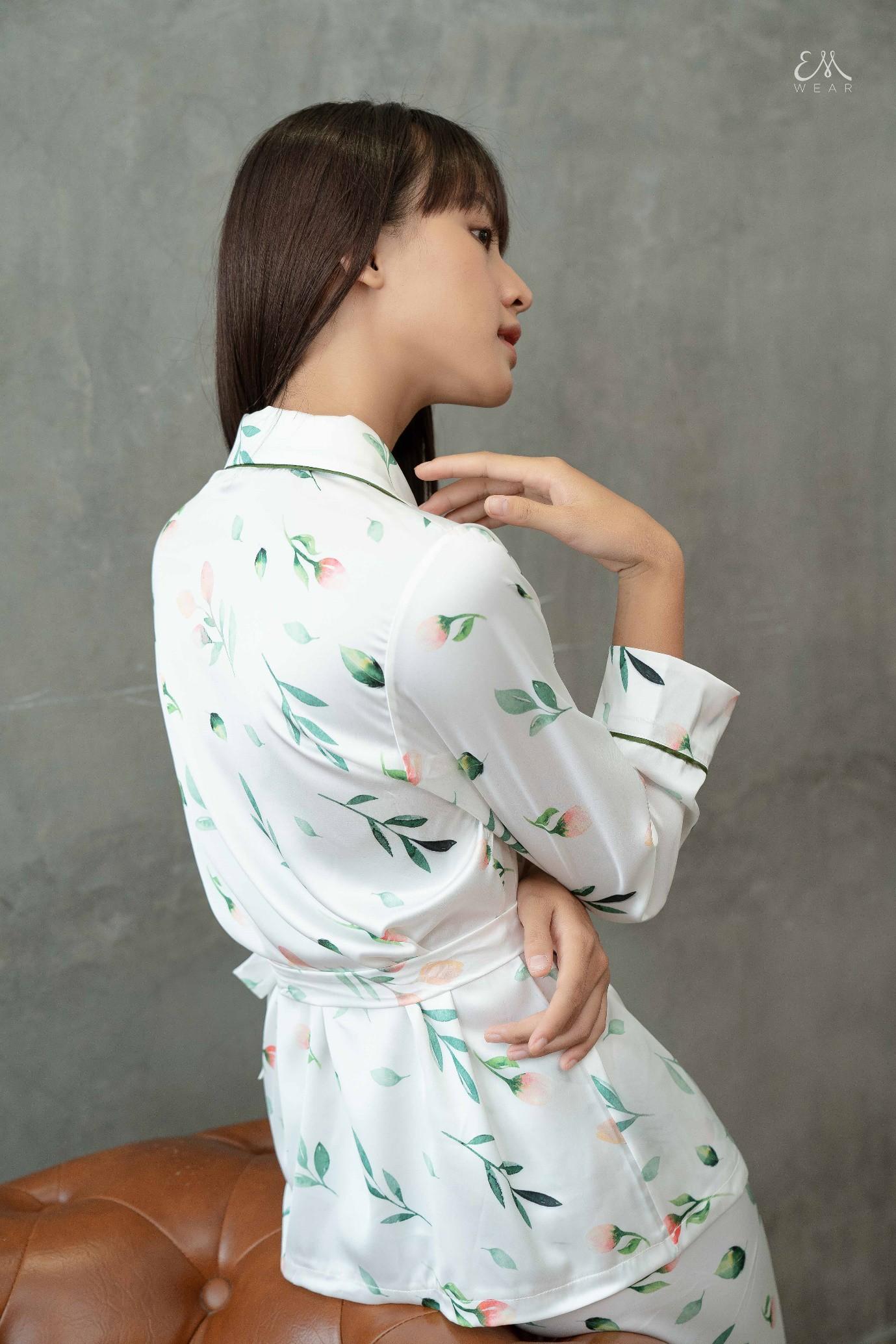 Từ khi nào pyjama trở thành streetwear thế này? - Ảnh 2.