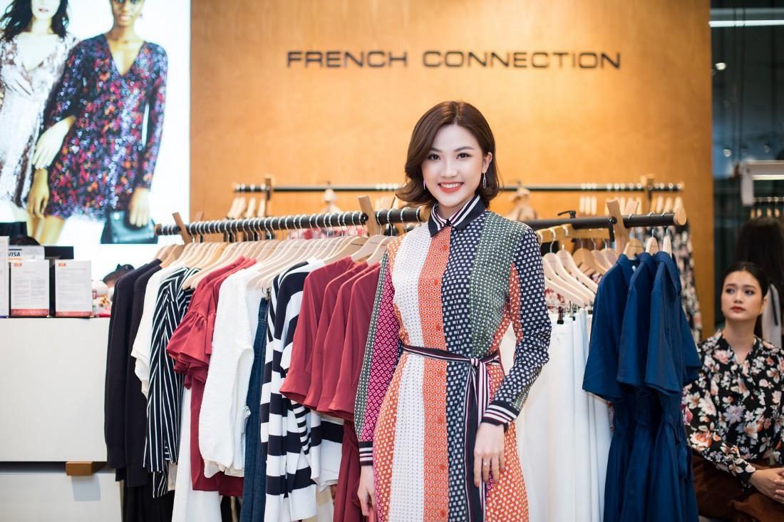 Á hậu Tú Anh ngẫu hứng phối đồ phong cách cho diễn viên Lương Thanh ngay tại sự kiện thời trang - Ảnh 9.