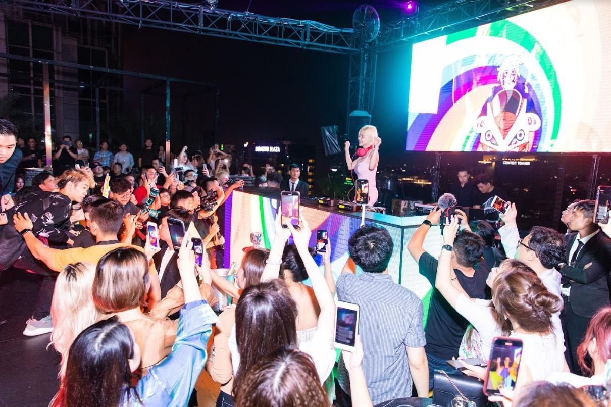 """DJ SODA gây """"náo loạn"""" tại tiệc của thương hiệu mỹ phẩm JAYJUN - Ảnh 1."""