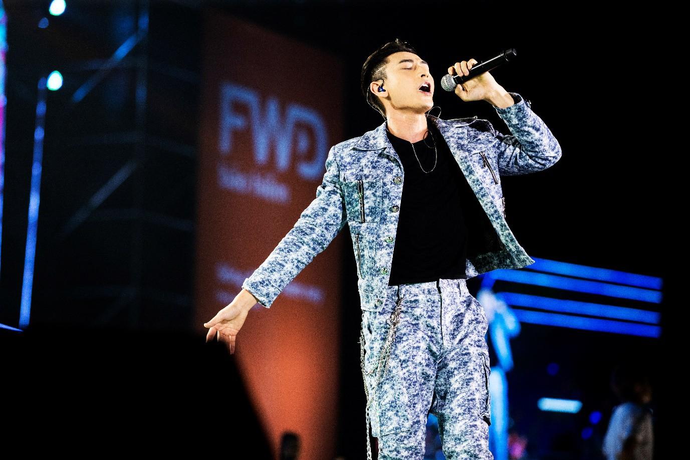 Sơn Tùng M-TP, Đen Vâu, Tóc Tiên, Hồ Ngọc Hà… mang đến quá nhiều màn trình diễn đỉnh cao tại FWD Music Fest - Ảnh 5.