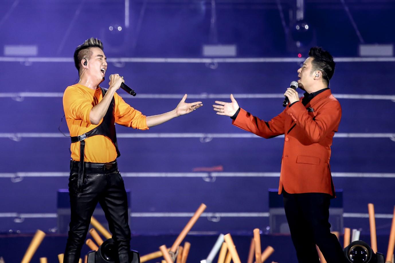 Sơn Tùng M-TP, Đen Vâu, Tóc Tiên, Hồ Ngọc Hà… mang đến quá nhiều màn trình diễn đỉnh cao tại FWD Music Fest - Ảnh 6.