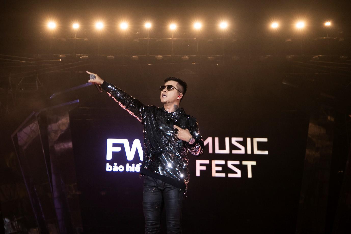 Sơn Tùng M-TP, Đen Vâu, Tóc Tiên, Hồ Ngọc Hà… mang đến quá nhiều màn trình diễn đỉnh cao tại FWD Music Fest - Ảnh 10.