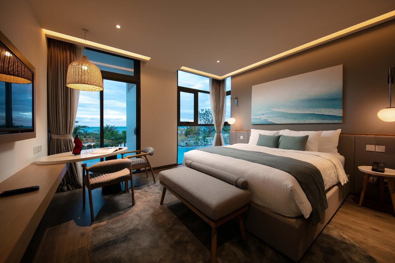Ưu đãi cực hấp dẫn cho kỳ nghỉ đẳng cấp 5* tại Premier Residences Phu Quoc Emerald Bay - Ảnh 1.