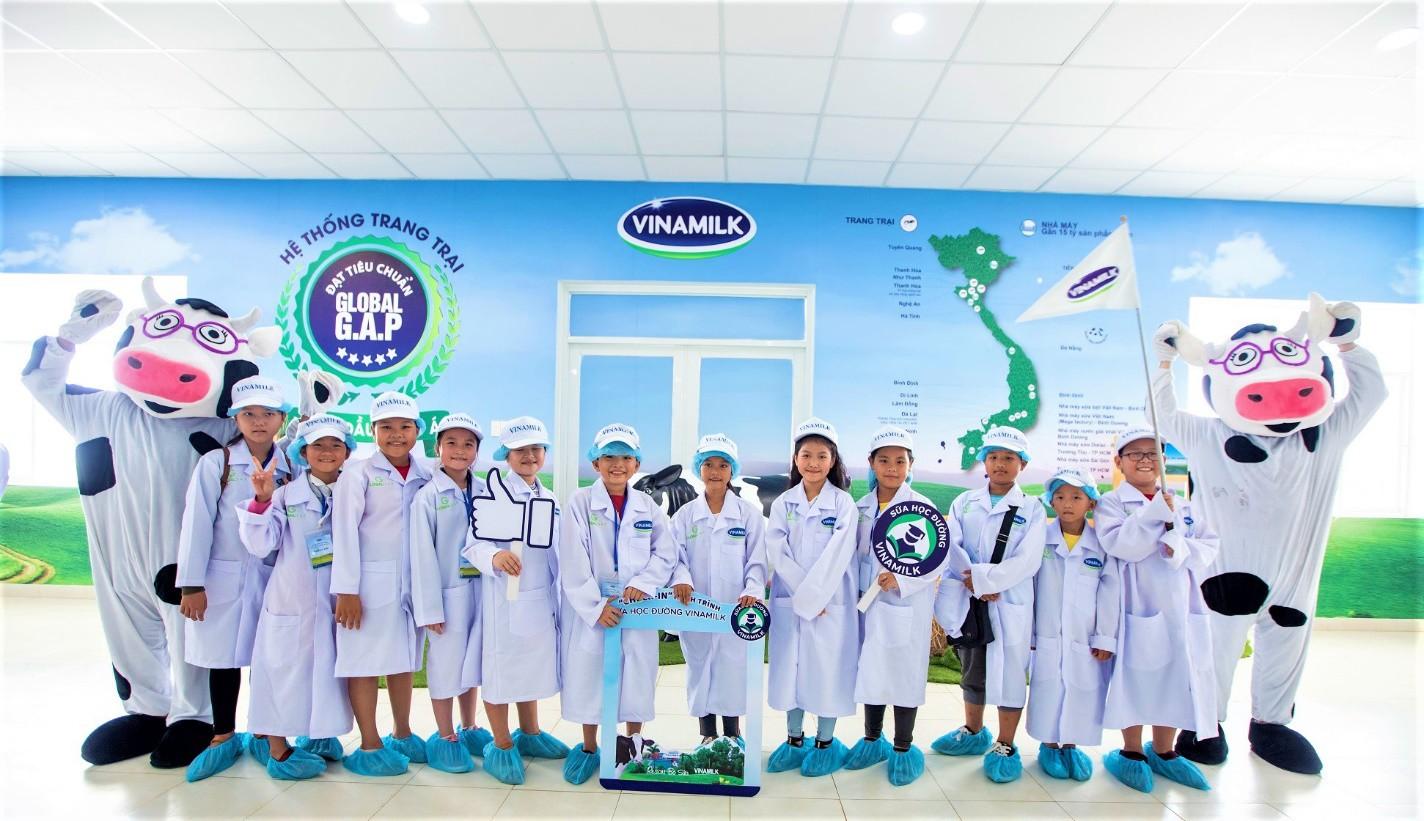 Chương trình sữa học đường chính thức đến với học sinh tỉnh Vĩnh Long - Ảnh 4.