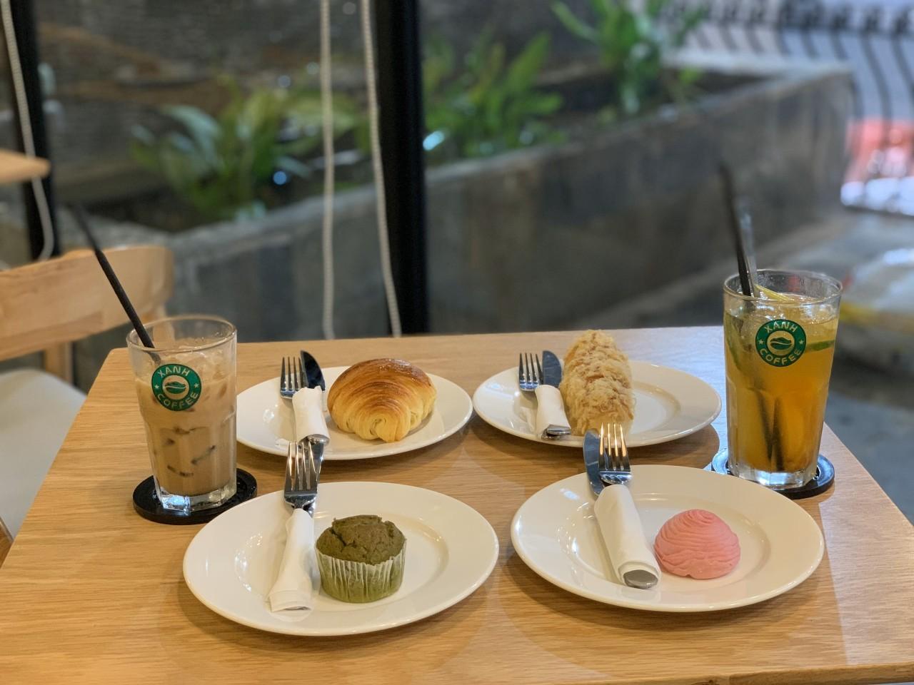 """Xanh Coffee khuấy động ở """"khu phố cà phê"""" Sài Gòn """"hút"""" nhiều nghệ sĩ Việt - Ảnh 5."""