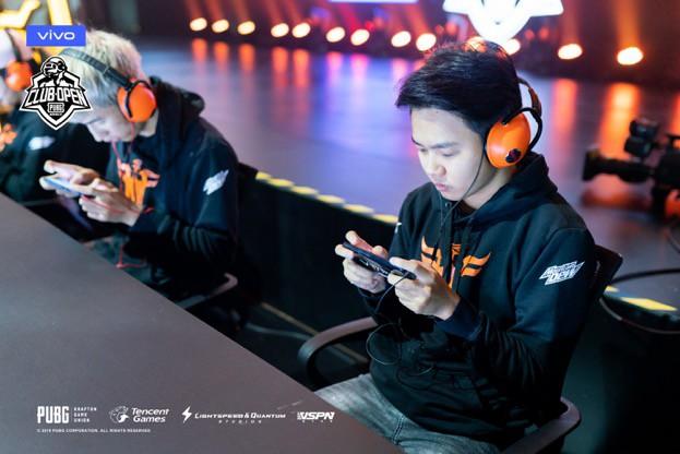 FFQ từ phượng hoàng gãy cánh đến đội tuyển PUBG Mobile VN đầu tiên đánh bại sức mạnh người Thái Lan - Ảnh 2.