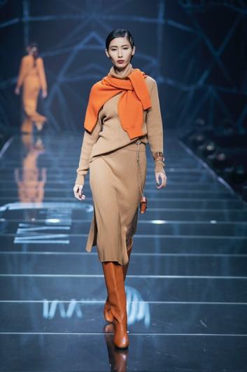 IVY moda khẳng định xu hướng thời trang Thu Đông 2019 cùng BST Step Out - Ảnh 4.