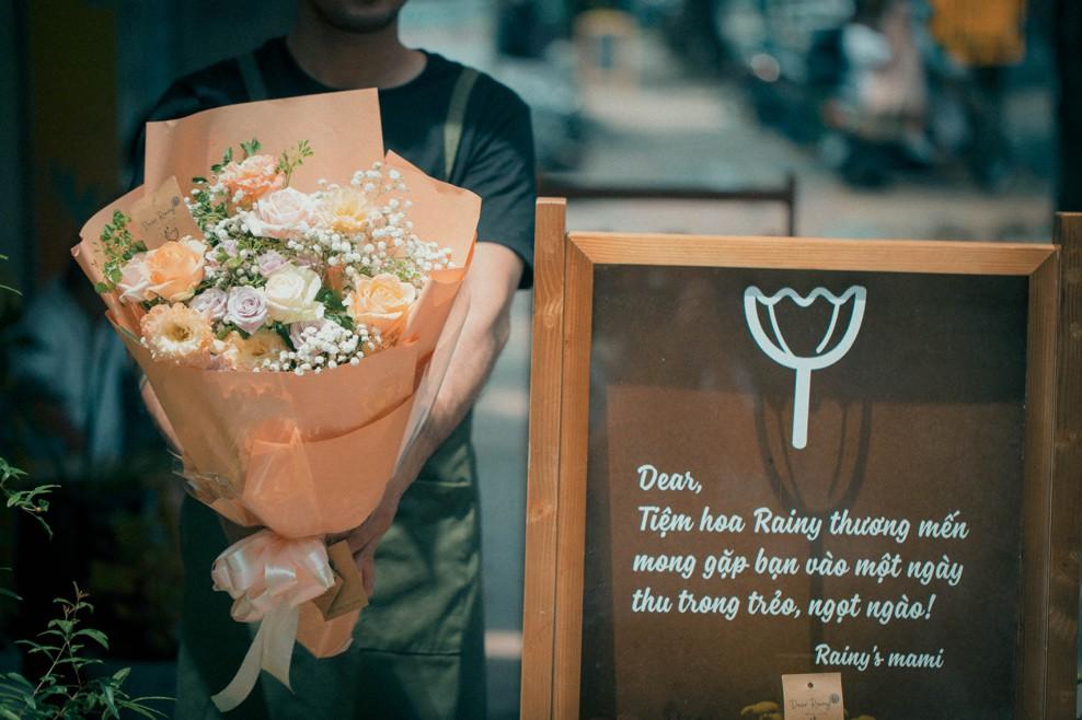 Tiệm hoa Dear Rainy: Mong các bạn tìm được chất liệu tô vẽ nét đáng yêu của cuộc sống - Ảnh 5.