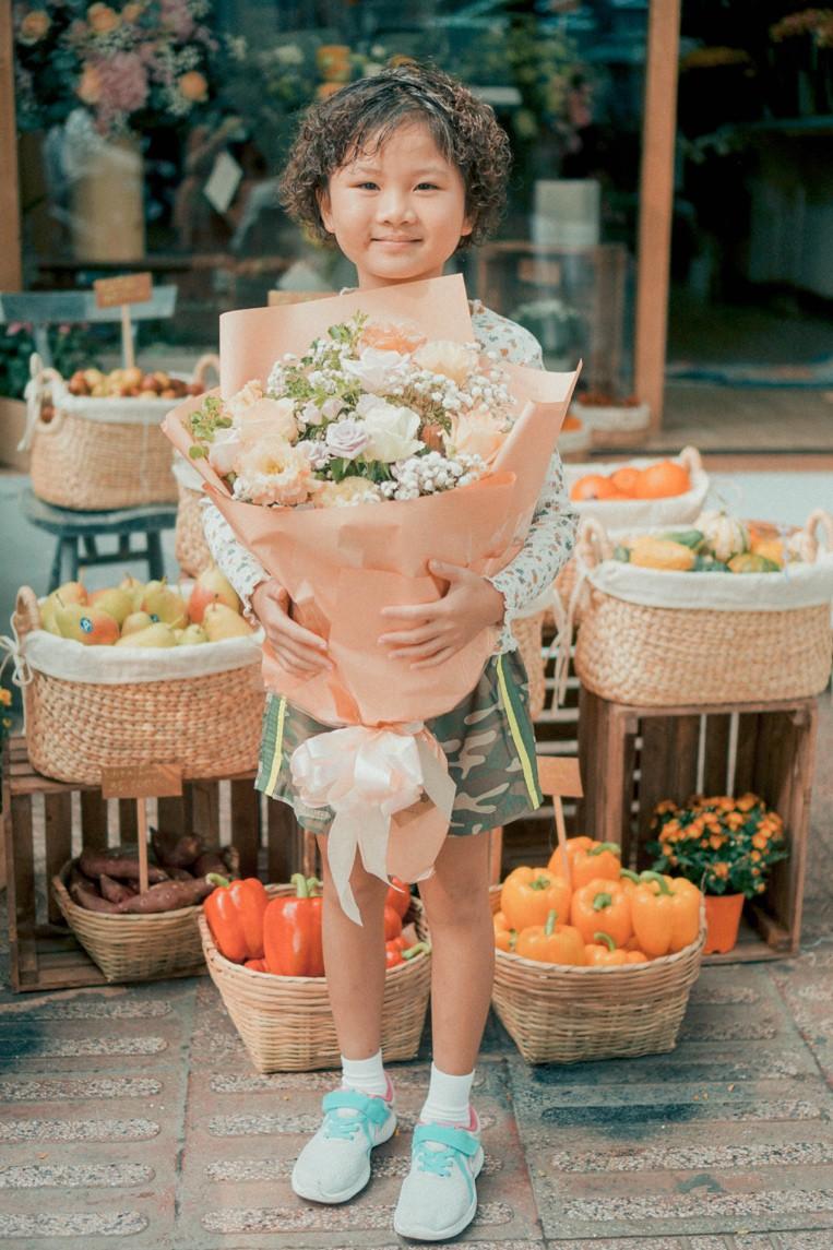 Tiệm hoa Dear Rainy: Mong các bạn tìm được chất liệu tô vẽ nét đáng yêu của cuộc sống - Ảnh 7.