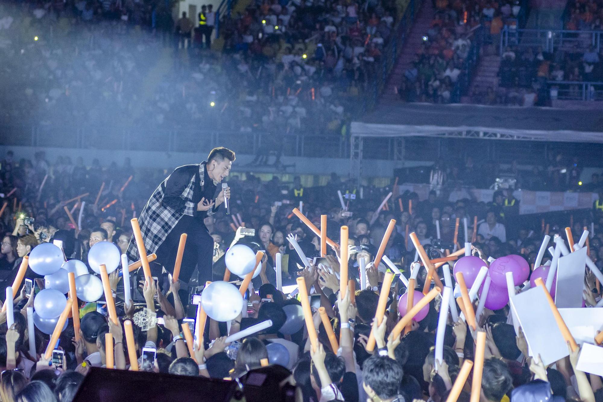 Sơn Tùng trở lại, Đen Vâu lần đầu góp mặt: Liệu hit nào sẽ làm nổ tung sân khấu đại nhạc hội tháng 10 này! - Ảnh 6.