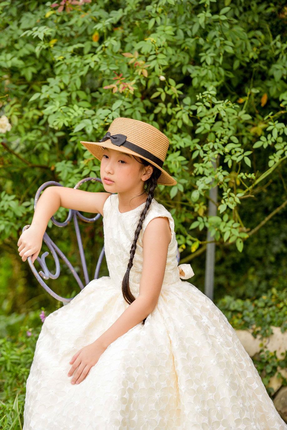 """""""Công chúa băng giá"""" của làng thời trang Việt đốn tim với vẻ đẹp siêu ngọt ngào - Ảnh 10."""