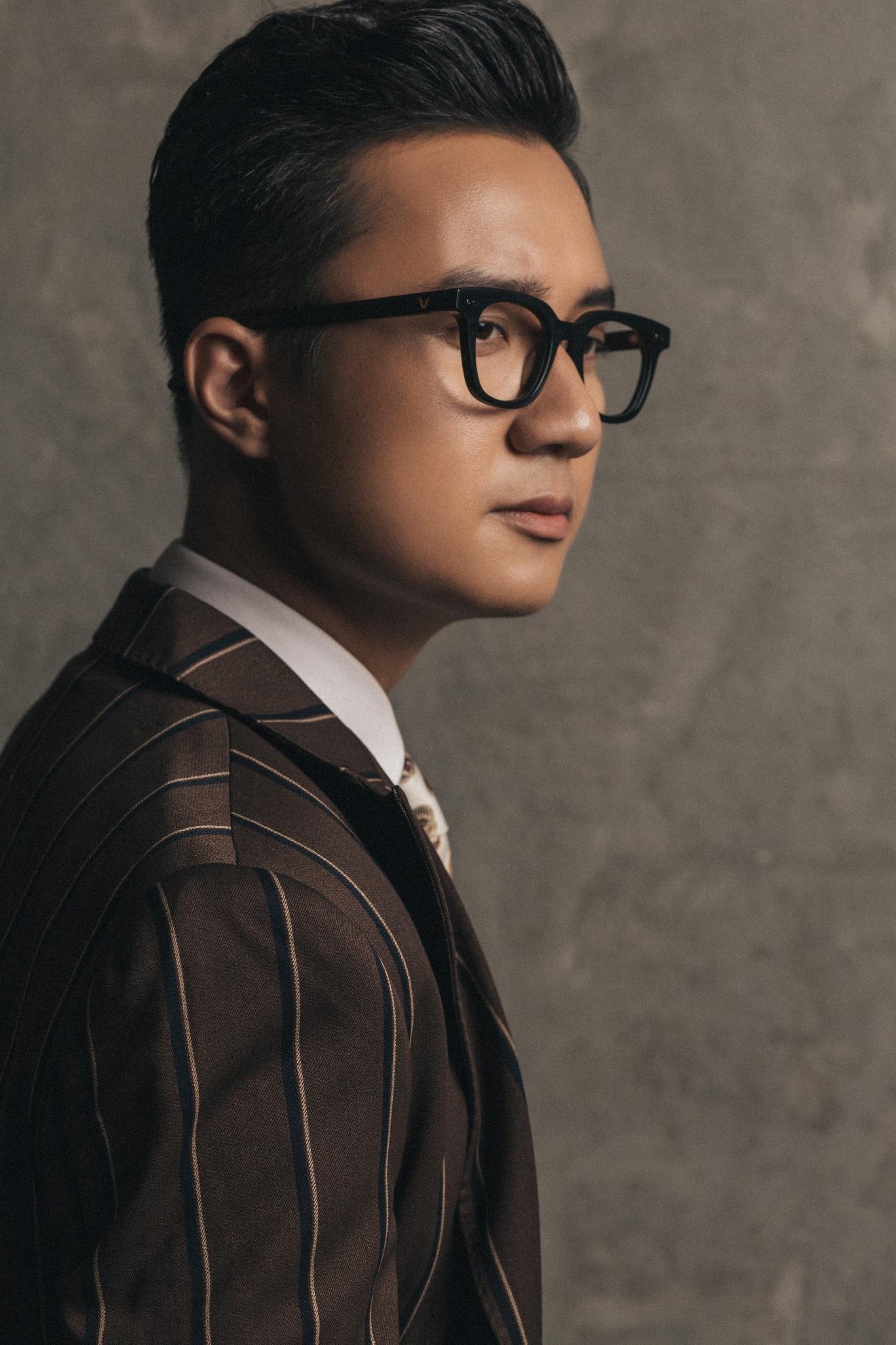 """MC """"chuyển động 24h"""" Sơn Lâm lịch lãm, hút mắt trong bộ ảnh mừng sinh nhật lần thứ 30 - Ảnh 10."""