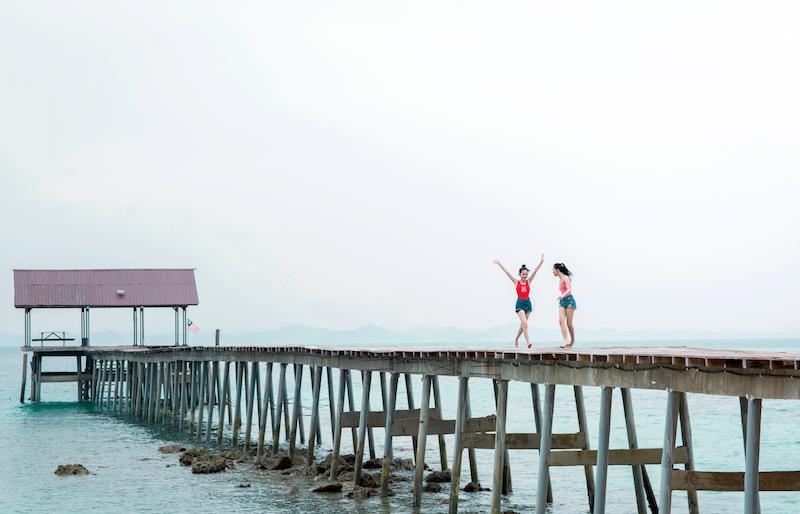 Hé lộ hết các điểm đến cực chất ở Malaysia trong MV mới của Phương Ly - Ảnh 6.