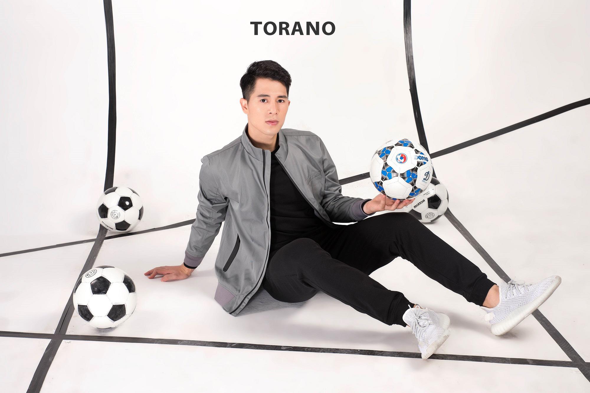 Đình Trọng bất ngờ khoe vẻ điển trai trong bộ sưu tập mới của Torano - Ảnh 1.