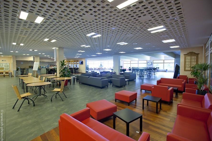 Học viện Les Roches, Thụy Sỹ - Ngôi trường đào tạo những nhà Quản trị Khách sạn, Du lịch toàn cầu - Ảnh 2.