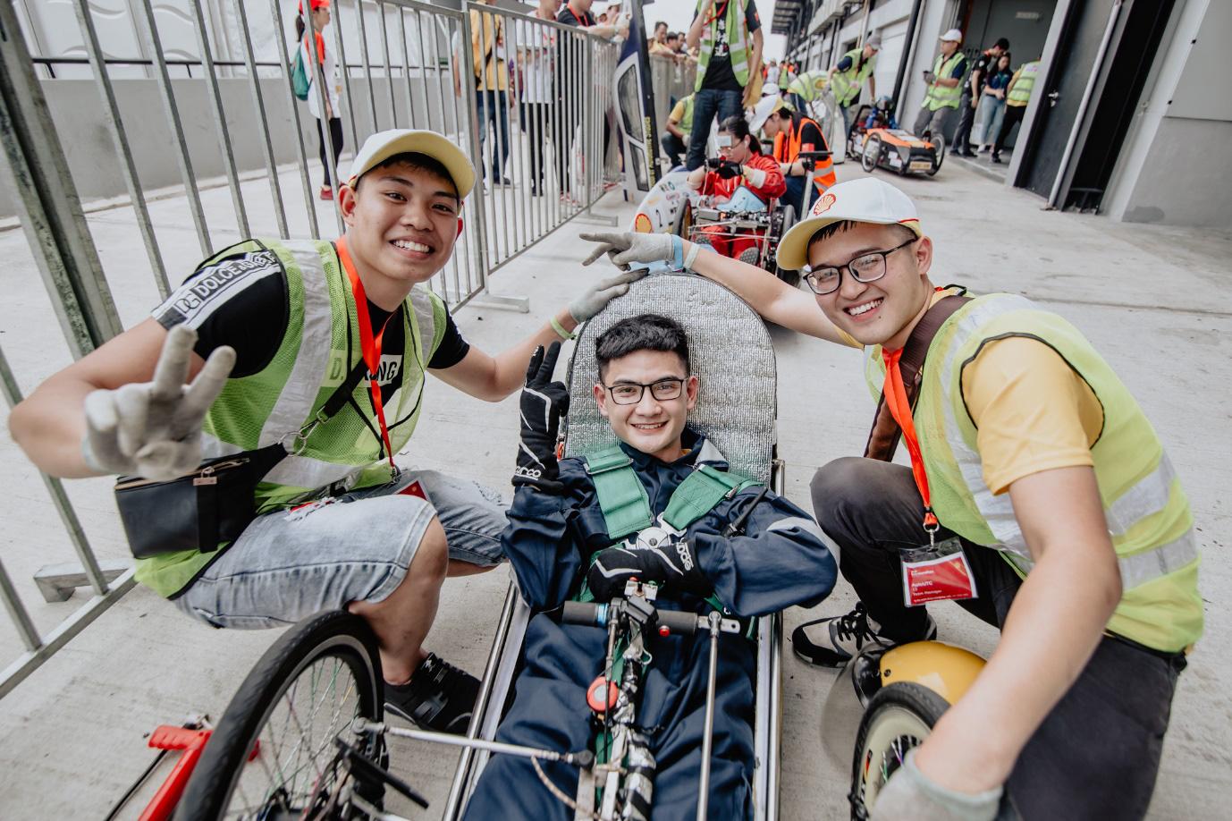 Những người trẻ Việt đam mê chế tạo ô tô ngày ấy và bây giờ: Hào quang dẫn lối hành trình chinh phục thế giới - Ảnh 8.