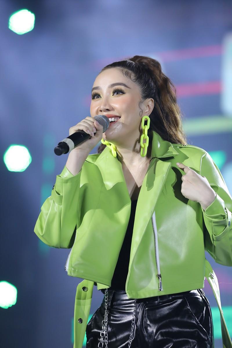 Những giọng ca thần tượng thời thanh xuân đồng loạt cháy hết mình trong đêm nhạc Thanh Xuâns Greatest Hits - Ảnh 8.