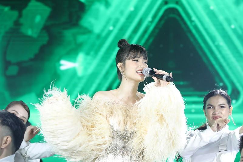 Những giọng ca thần tượng thời thanh xuân đồng loạt cháy hết mình trong đêm nhạc Thanh Xuâns Greatest Hits - Ảnh 9.