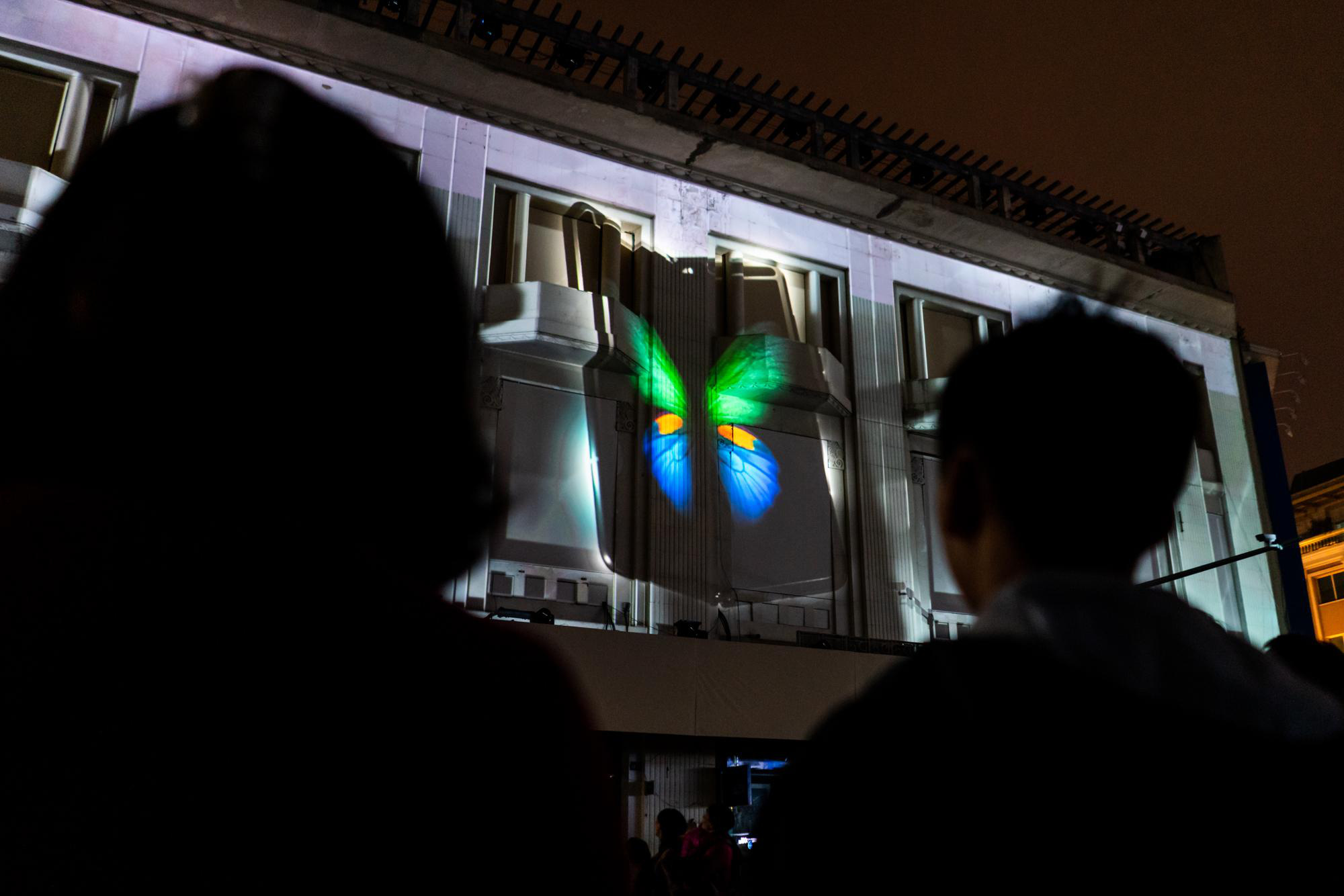 Galaxy Fold hóa kiệt tác nghệ thuật với màn 3D Mapping đỉnh cao - Ảnh 4.