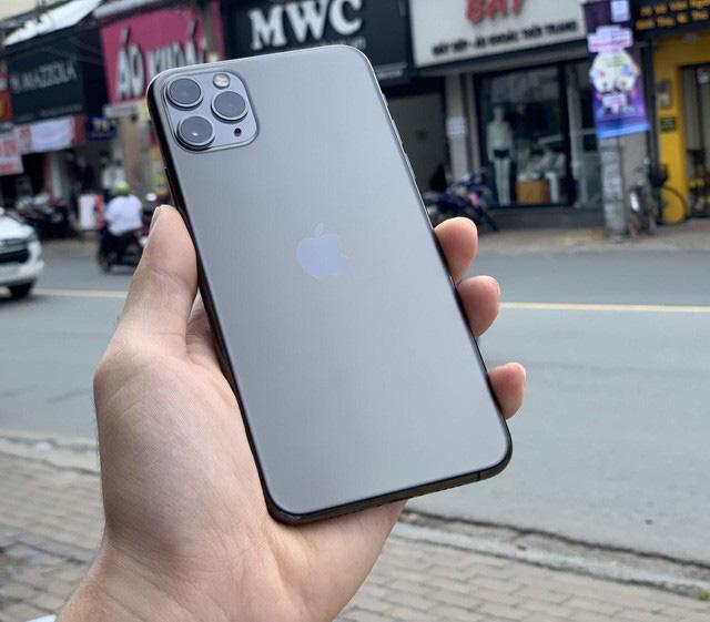 Đổi iPhone Xs Max lấy iPhone 11 Pro Max chỉ trả thêm khoảng 12,8 triệu đồng - Ảnh 3.