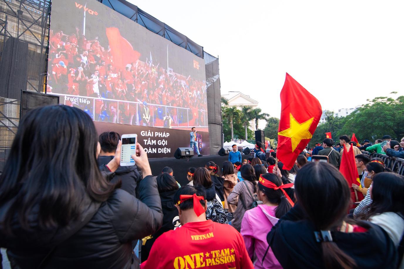 Tối nay, Hà Nội mở đại tiệc bóng đá trước Nhà hát Lớn, chờ U22 bất bại rinh vàng lịch sử! - Ảnh 4.