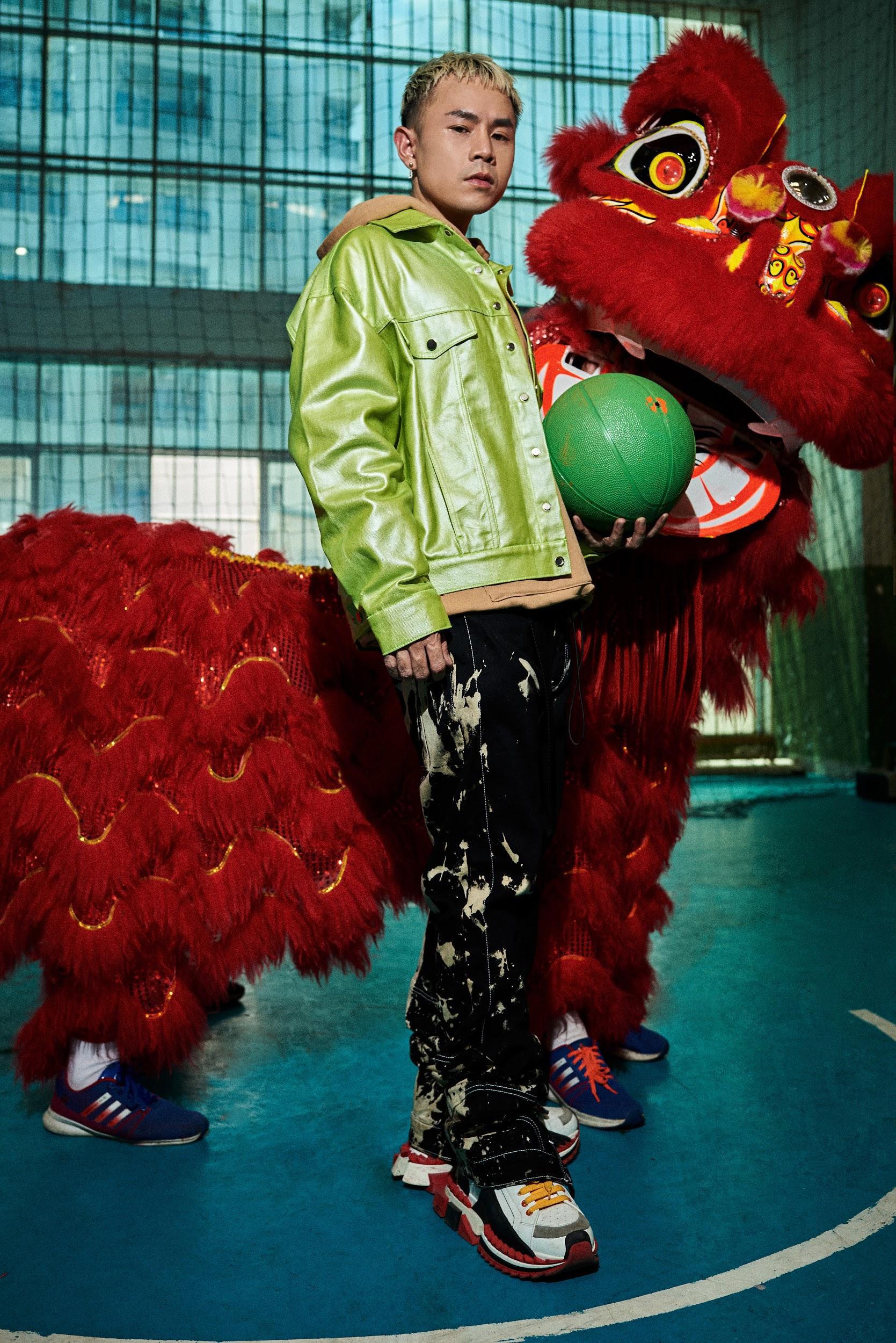 """Binz """"chơi lớn"""" cuối năm, ra mắt BST thời trang underground """"chất chơi"""" dành cho giới trẻ - Ảnh 6."""