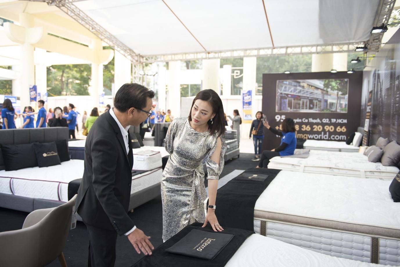 Việt Anh, Thanh Hương cùng dàn nghệ sĩ đình đám quy tụ tại Festival đệm và chăn ga gối Quốc tế 2019 - Ảnh 2.