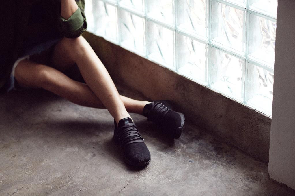 """Mẫu giày made in Vietnam hứa hẹn sẽ khiến cộng đồng sneaker Việt """"dậy sóng - Ảnh 1."""
