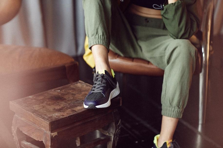 """Mẫu giày made in Vietnam hứa hẹn sẽ khiến cộng đồng sneaker Việt """"dậy sóng - Ảnh 5."""
