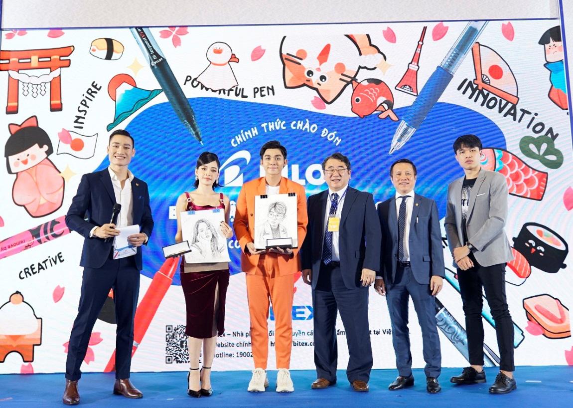 Chi Pu, Jun Phạm bất ngờ nhận tranh chân dung nét rối siêu thực từ Sơn Tùng Siêu trí tuệ Việt Nam - Ảnh 3.