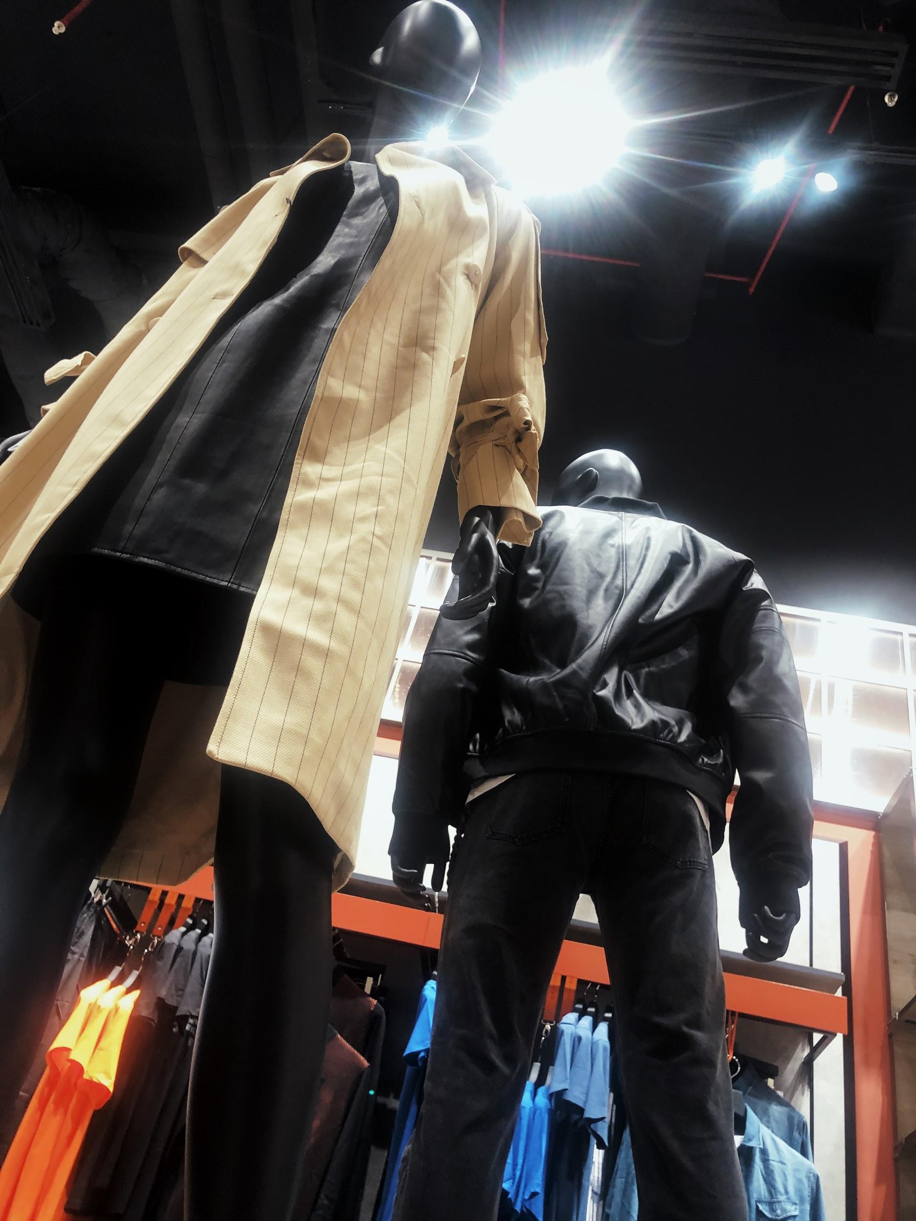 Đột nhập khu mua sắm xa xỉ bậc nhất quận 7 với sự góp mặt của 5 ông lớn ngành thời trang thế giới - Ảnh 3.