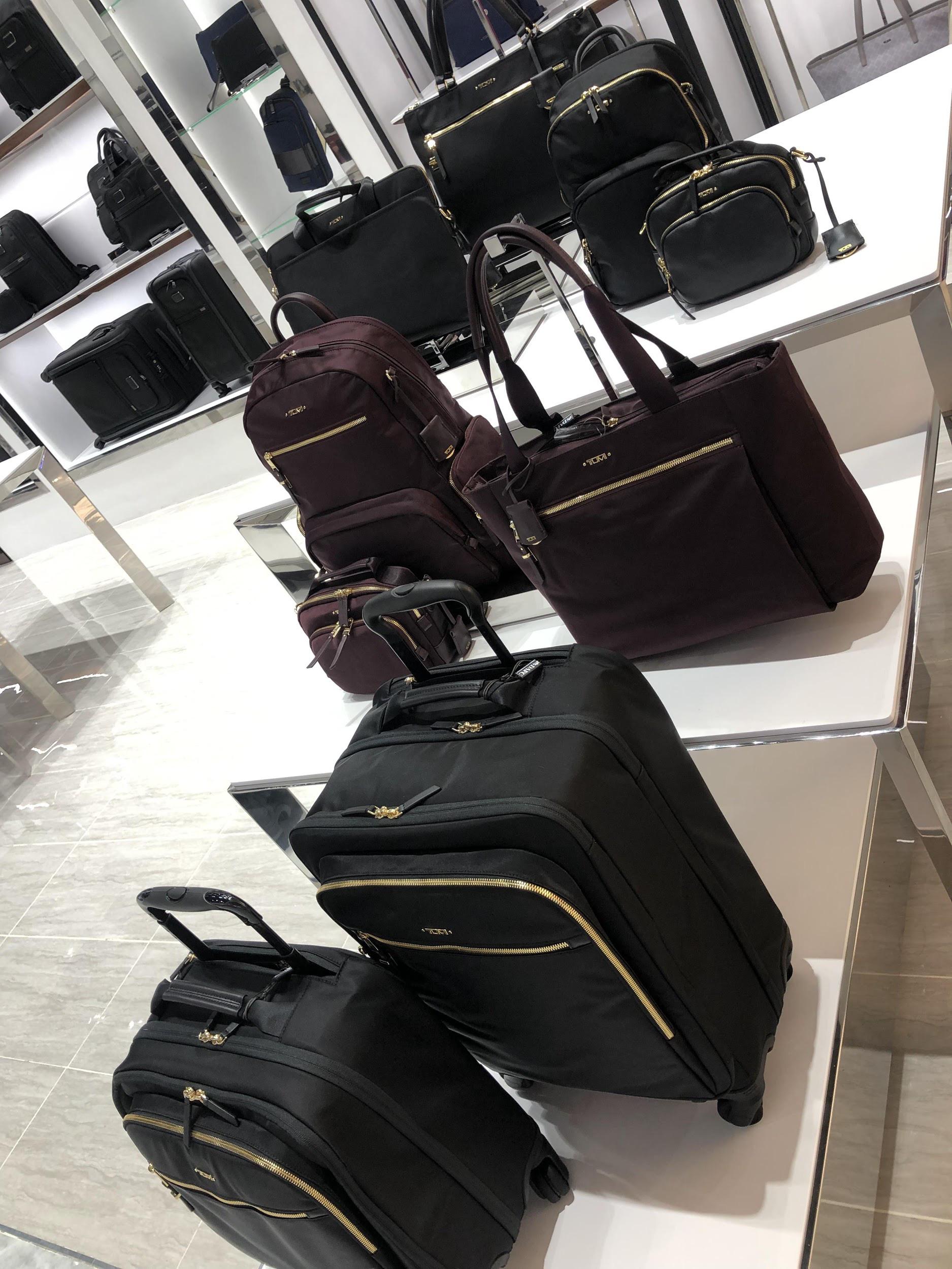 Đột nhập khu mua sắm xa xỉ bậc nhất quận 7 với sự góp mặt của 5 ông lớn ngành thời trang thế giới - Ảnh 10.