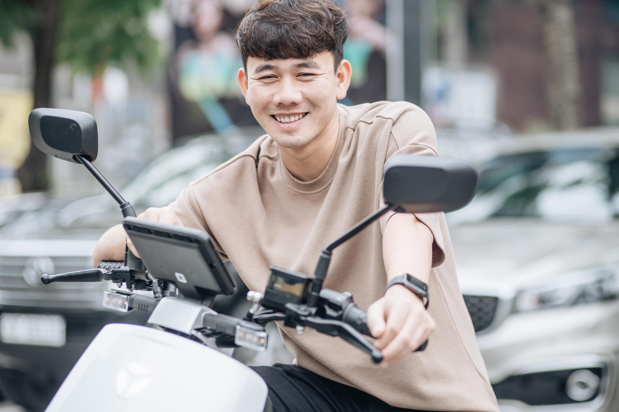 """Cầu thủ Minh Vương và hành trình ước mơ với trái bóng tròn: """"Chưa bao giờ tôi hối hận vì đã chọn đá bóng!"""" - Ảnh 5."""