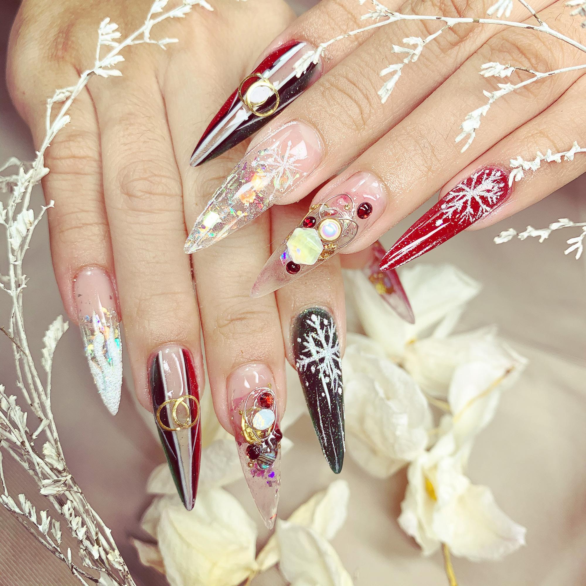 Bộ sưu tập nails sang trọng, đẳng cấp từ chuyên gia Trang Phạm - Ảnh 2.