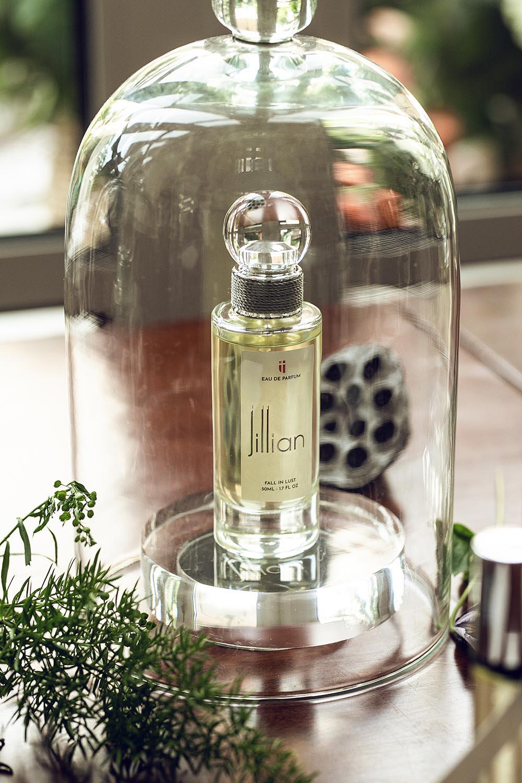 Quà tặng độc đáo của nước hoa cao cấp Jillian mùa Giáng sinh - Ảnh 2.