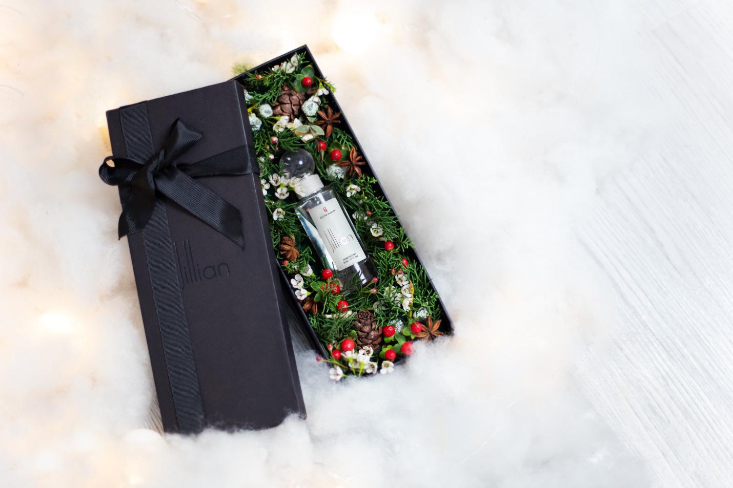 Quà tặng độc đáo của nước hoa cao cấp Jillian mùa Giáng sinh - Ảnh 4.