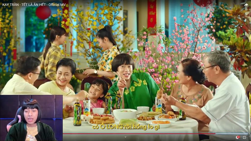 """Cris bỗng hóa thân thành Kay Trần reaction """"Tết là ăn hết"""" siêu hài hước - Ảnh 8."""