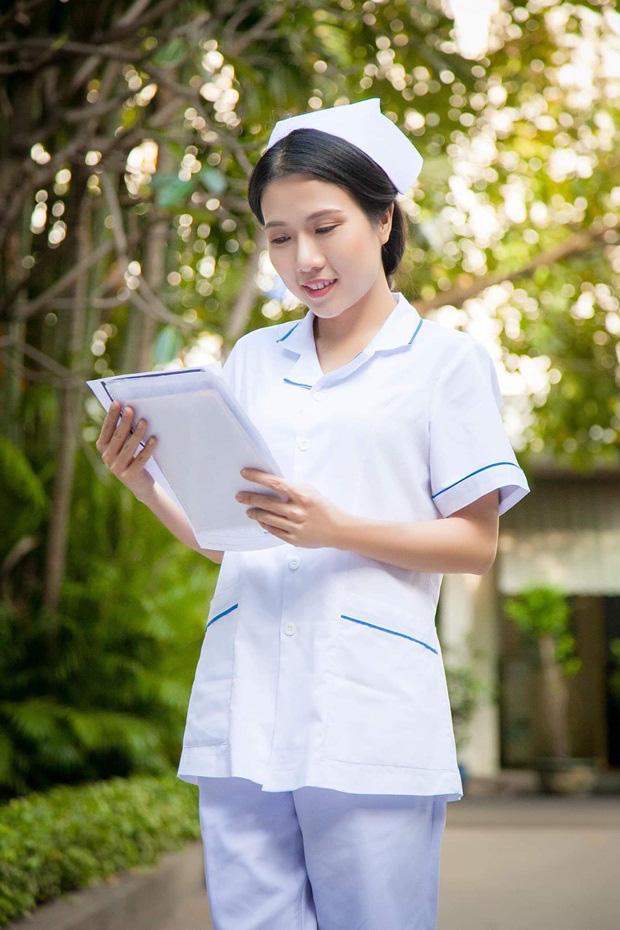 Sau Cua lại vợ bầu, diễn viên Thùy Dương chuyển hẳn sang làm y tá trong Nắng 3 - Ảnh 6.